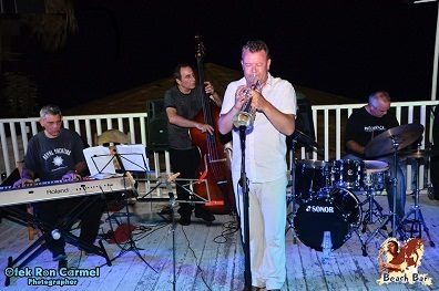 Jazz Group / Jazz Band - Ari Erev - at the Beach Bar in Caessarea